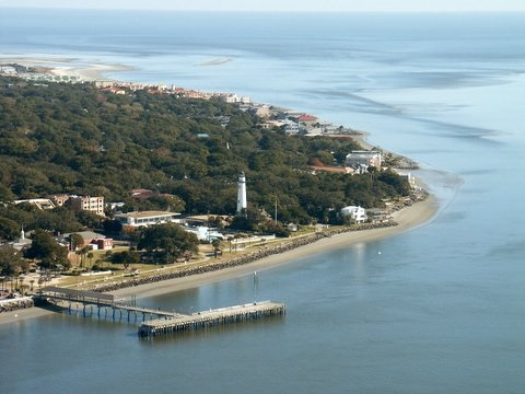 Image of Saint Simons pier area